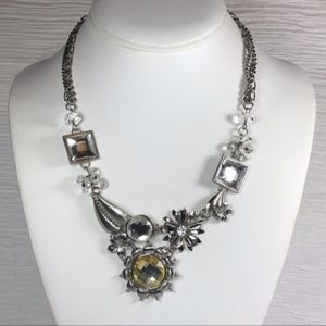 Jewelry - Geometric Floral Leaf Crystals Statement Necklace